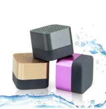 Bezdrôtový reproduktor Bluetooth A15 vodeodolný TF AUX FM